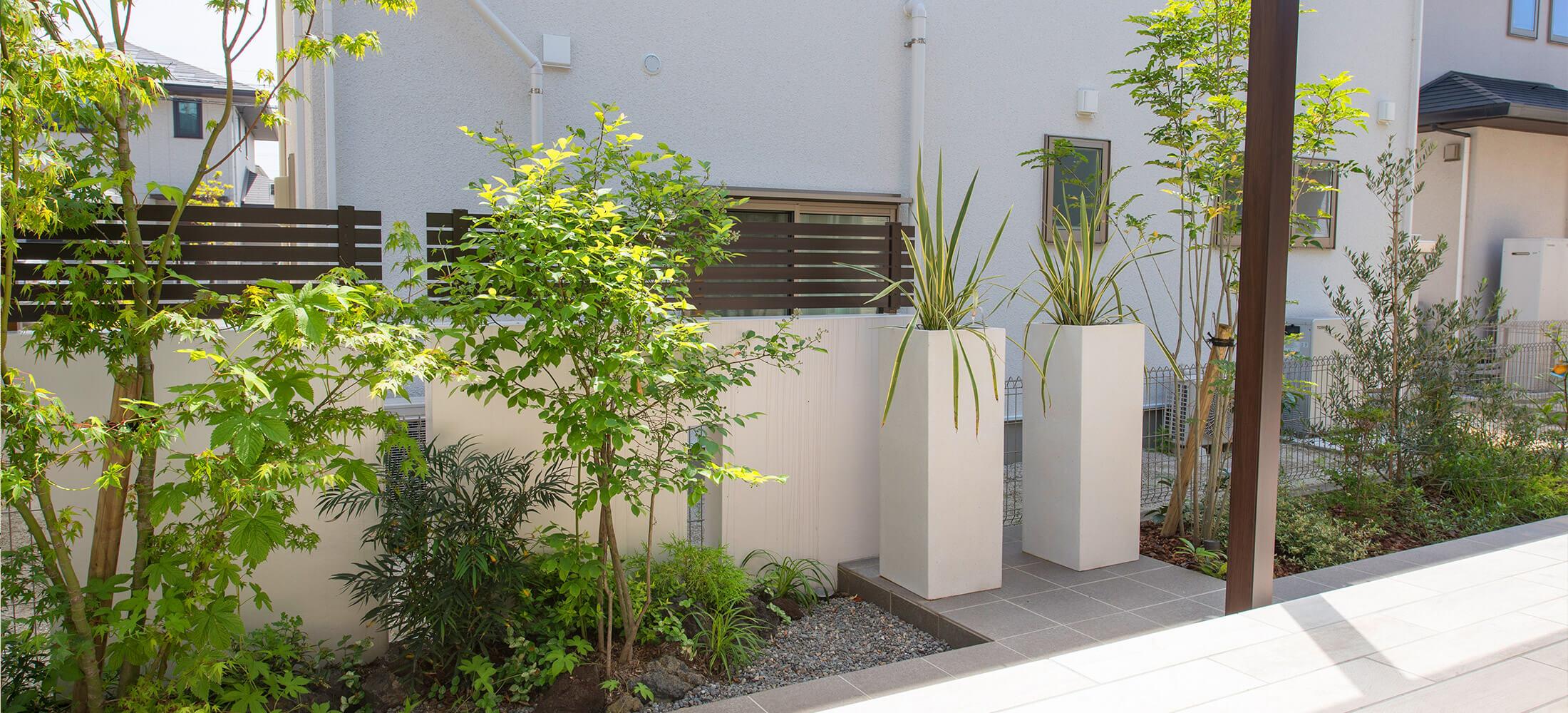 庭のフェンスでおしゃれに魅せる3つの方法